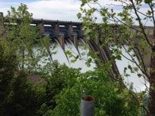eight flood gates